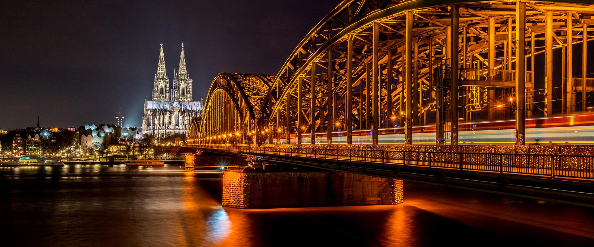 Koeln_bridge-3138481_800